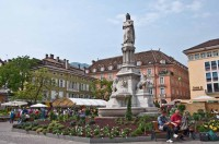 Piazza Walther with the summer garden, Bolzano, 2010