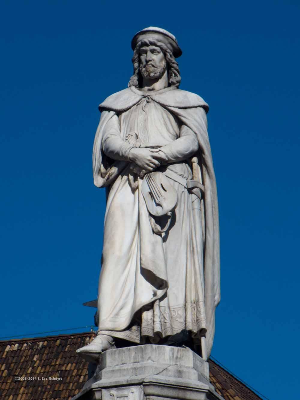 Statue of Walther, Bolzano